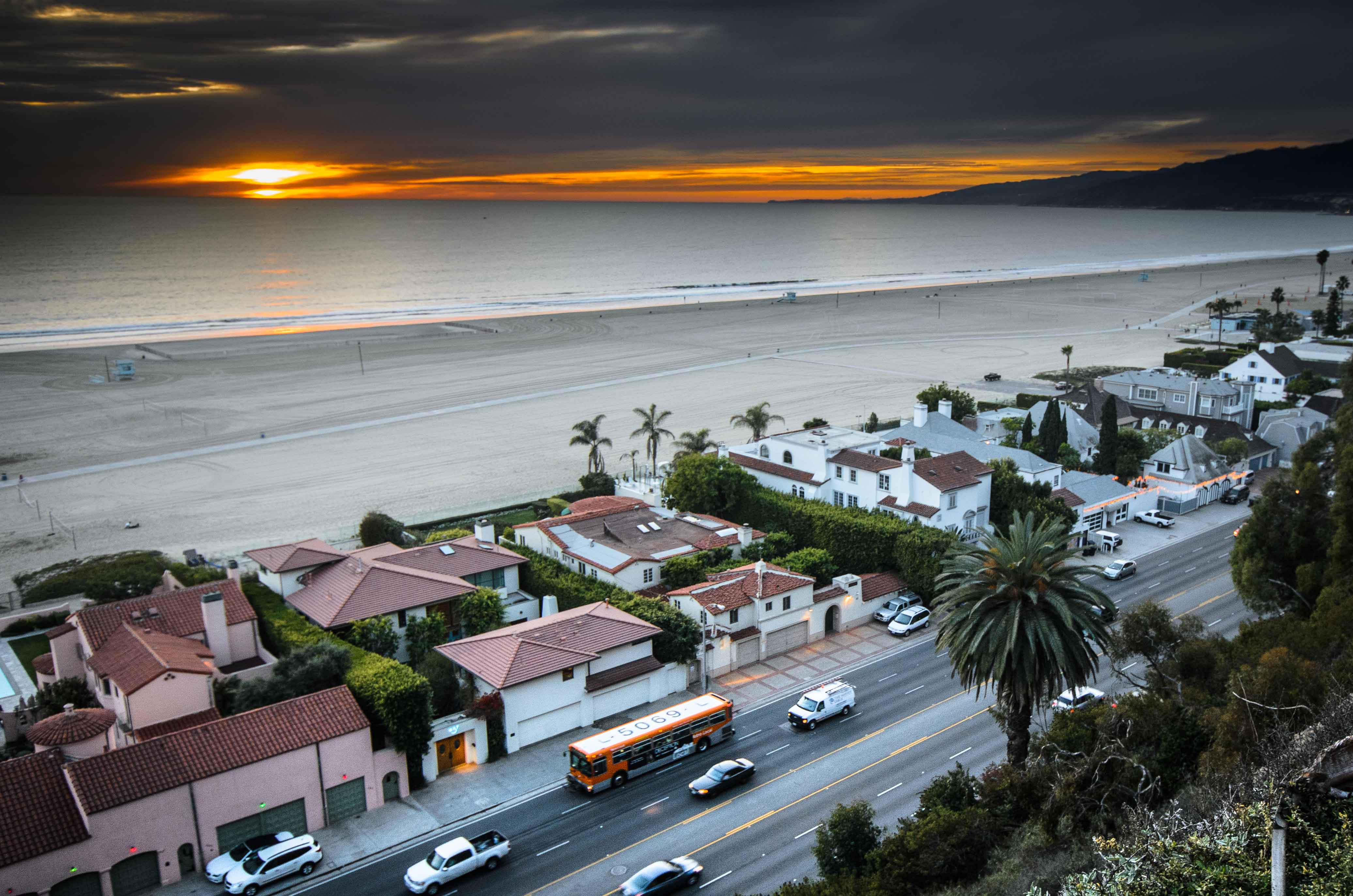 Art of Transit: The 534 bus on Pacific Coast Highway at sunset last Friday. Photo by Steve Hymon/Metro.