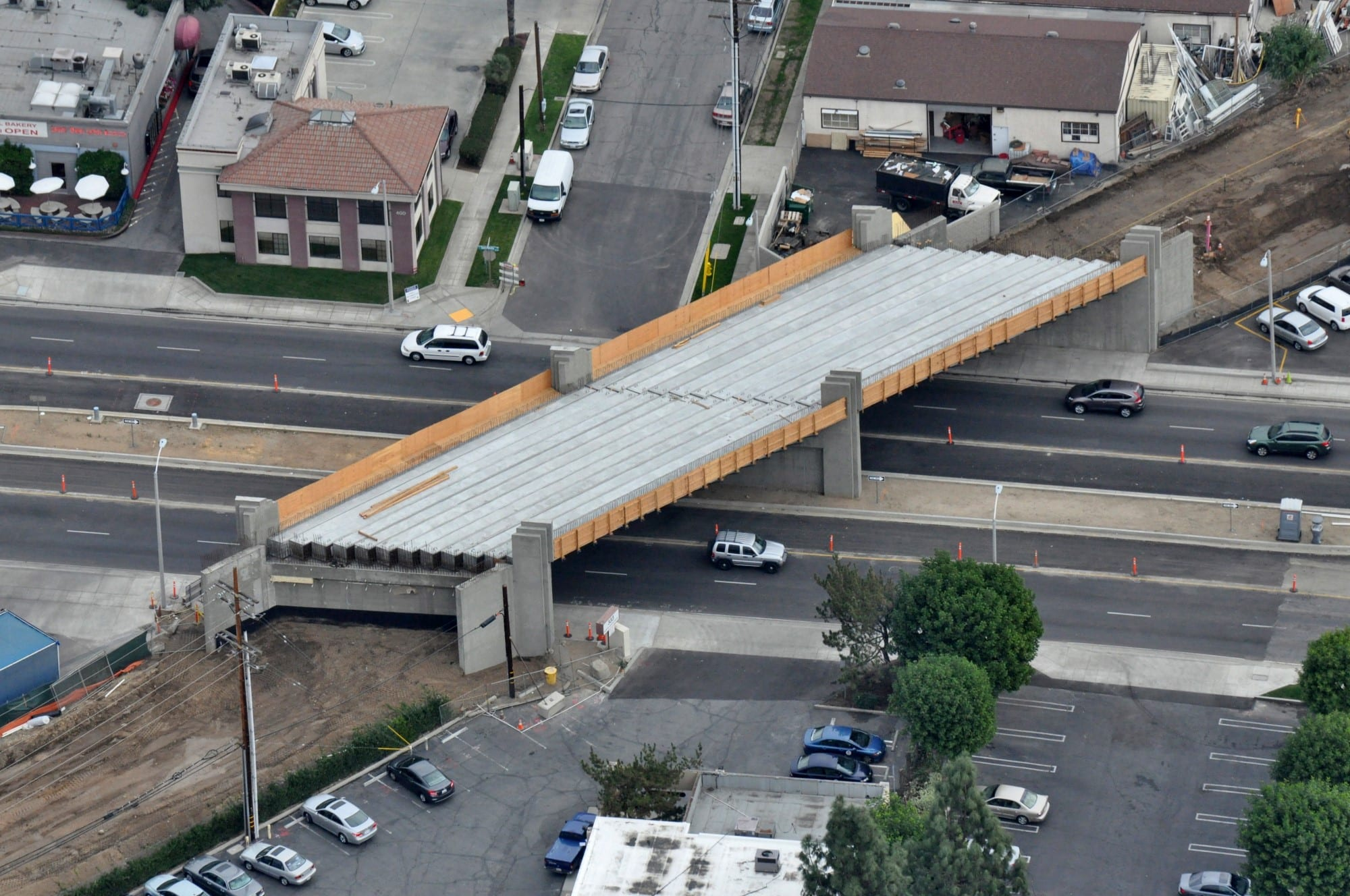 Santa_Anita_Bridge_-_aerial