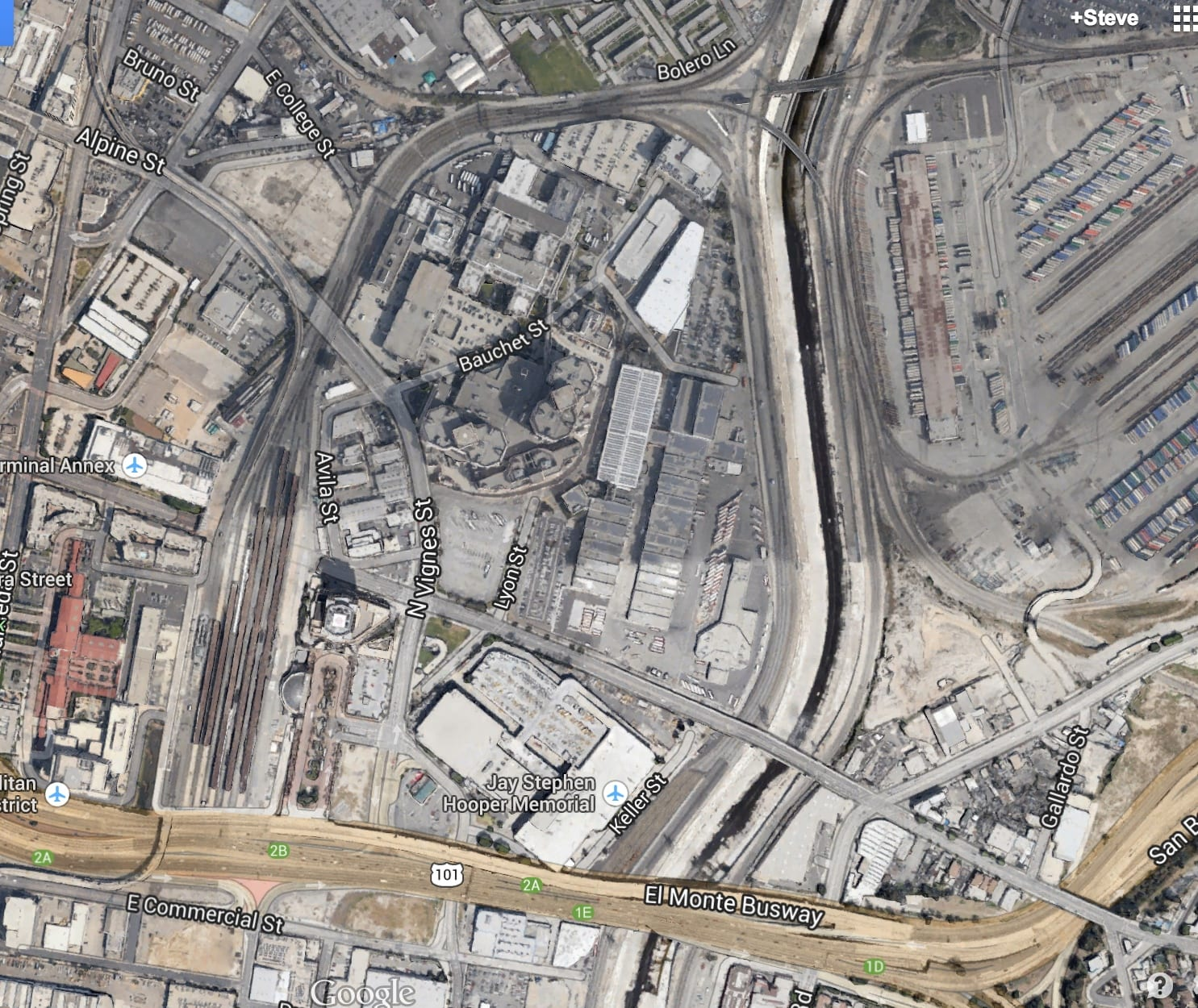 The project will extend tracks south from Union Station. Under the current setup, all trains must enter and exit the station from the north. Photo: Google Maps.
