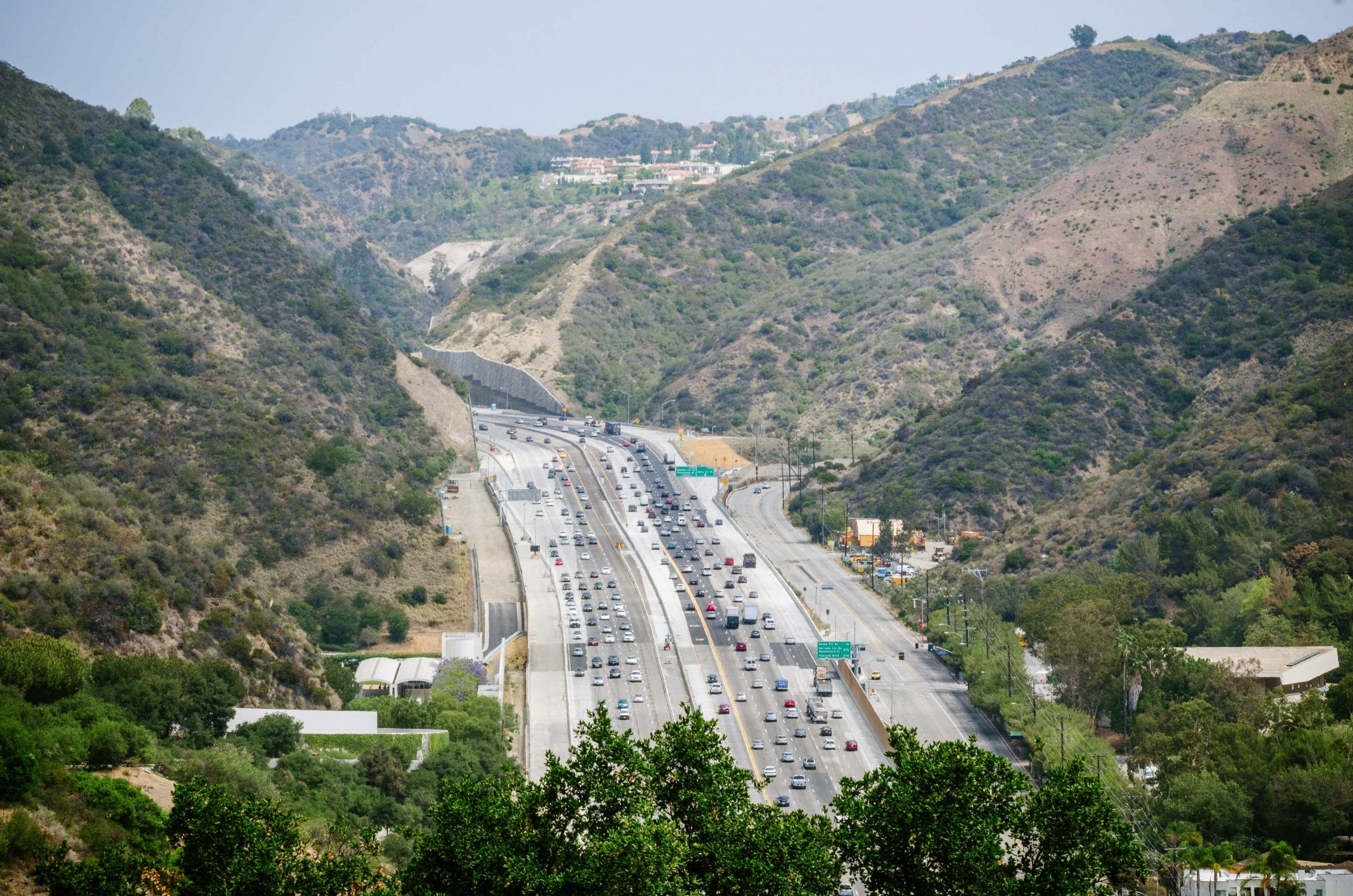Looking north from the Getty with the new HOV lane on the right. Photo by Steve Hymon/Metro.