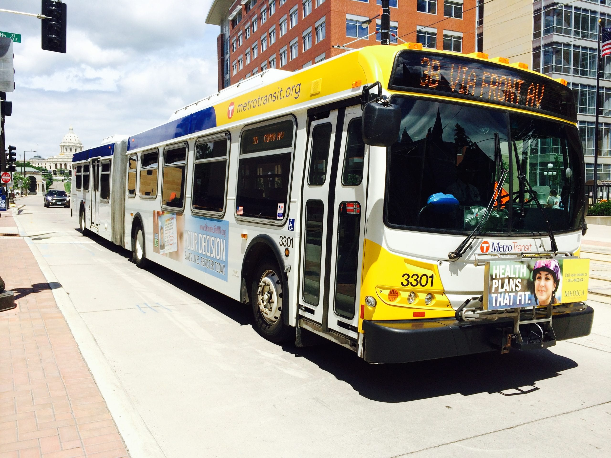 Metro Transit bus in downtown Saint Paul. (Photo: Joseph Lemon/Metro)