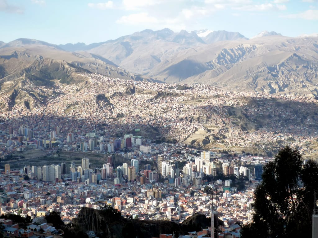 Cool view of La Paz. It's a little dense, eh. Photo by Twiga269 Fema via Flickr creative commons.